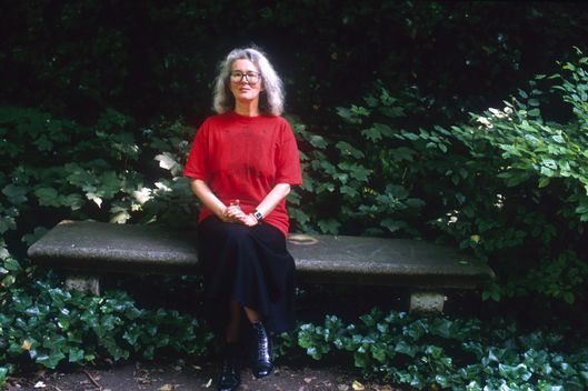 18 Jun 1988, Paris, France --- English novelist Angela Carter (1940-1992) sitting on a park bench. --- Image by ? Sophie Bassouls/Sygma/Corbis