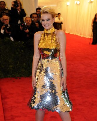 Carey Mulligan and the dress in question.