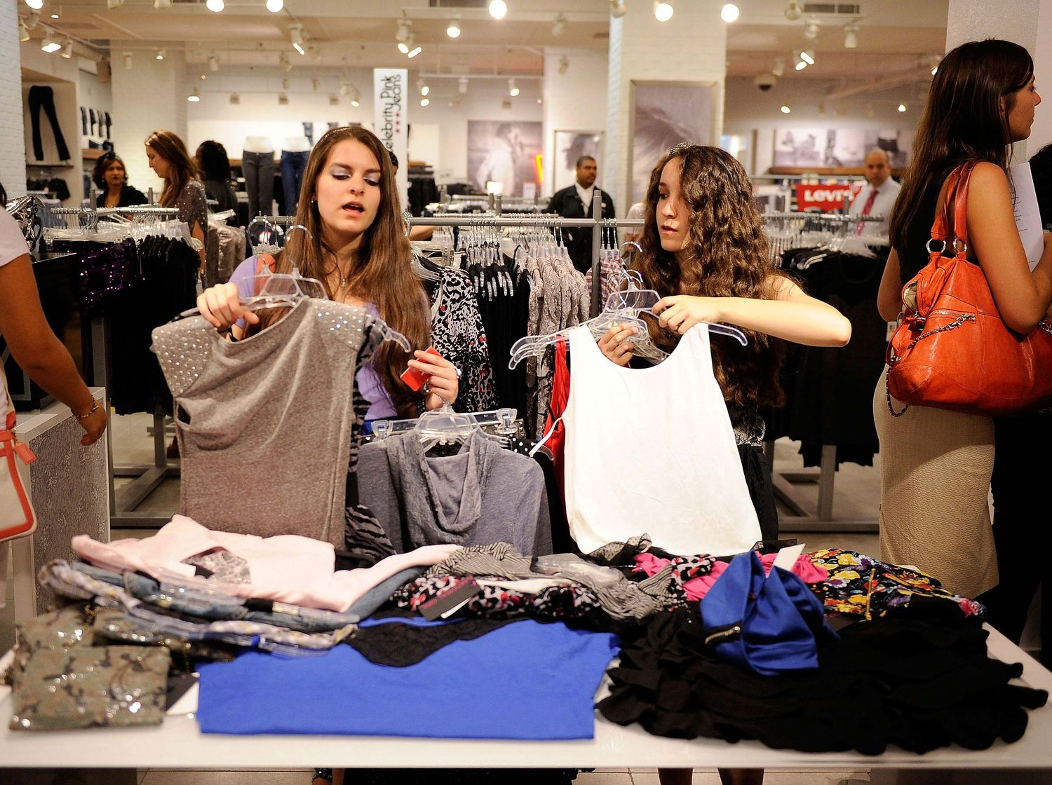 Fashion clothing stores for teenagers 17