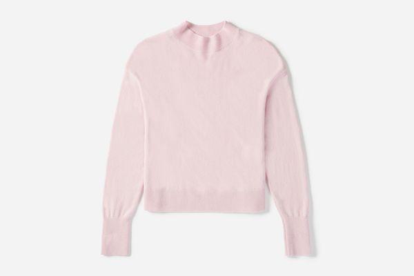 Cashmere Crop Mockneck in Soft Pink