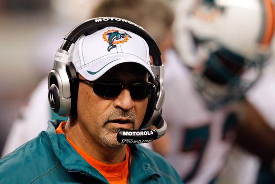 ARLINGTON, TX - NOVEMBER 24:  Head coach Tony Sparano of the Miami Dolphins leads his team against the Dallas Cowboys during the Thanksgiving Day game at Cowboys Stadium on November 24, 2011 in Arlington, Texas.  (Photo by Tom Pennington/Getty Images)