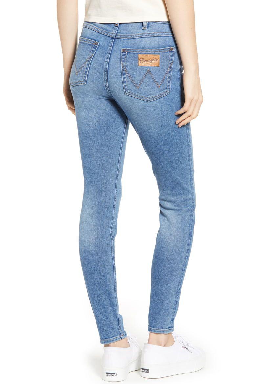Wrangler High-Waist Skinny Jeans