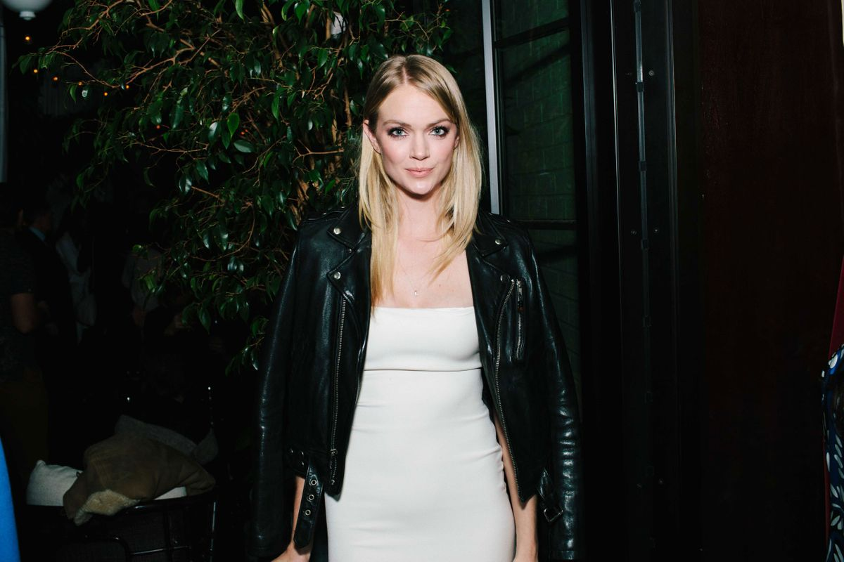 Lindsay ellingson the cut partied with the broad city girls last