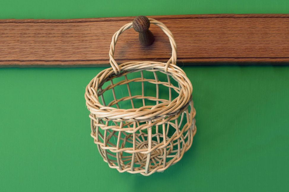 Hanging Garlic Basket in Woven Cane