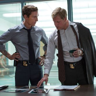 TRUE DETECTIVE episode 3: Matthew McConaughey, Woody Harrelson. photo: Michele K. Short