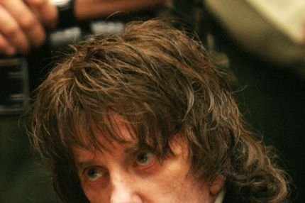 LOS ANGELES, CA - MAY 29:  Phil Spector listens to the judge during sentencing in Los Angeles Criminal Courts on May 29, 2009 in Los Angeles, California, for the February 2003 shooting death of actress Lana Clarkson. Spector was sentenced for 19-years to life.  (Photo by Al Seib-Pool/Getty Images) *** Local Caption *** Phil Spector