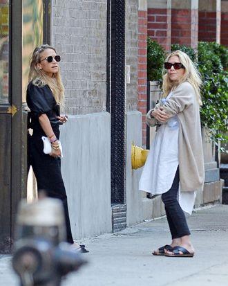 Mary Kate and Ashley Olsen.