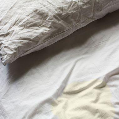 Wrinkled Bedsheets --- Image by ? Paul Edmondson/Corbis