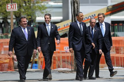 US President Barack Obama (C) walks with New Jersey Governor Chris Christie (L), New York Governor Andrew Cuomo (2nd L), New York Mayor Michael Bloomberg (2nd R) and Port Authority Chairman David Samson (R) before laying a wreath at the 9/11 Memorial at Ground Zero in Lower Manhattan May 5, 2011 in New York.