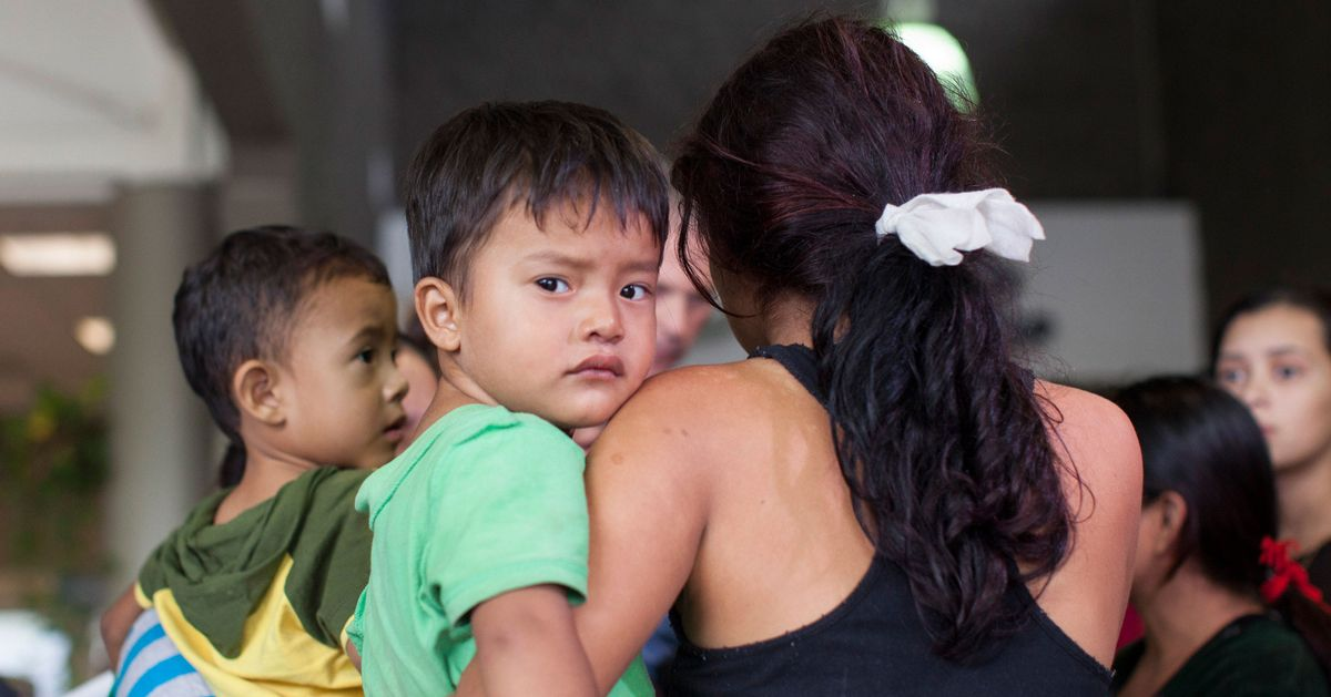 Report: Obama Administration Handed Child Migrants Over to Human Traffickers