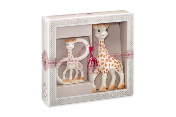Sophie the Giraffe Sophiesticated Two-Piece Teether Gift Set
