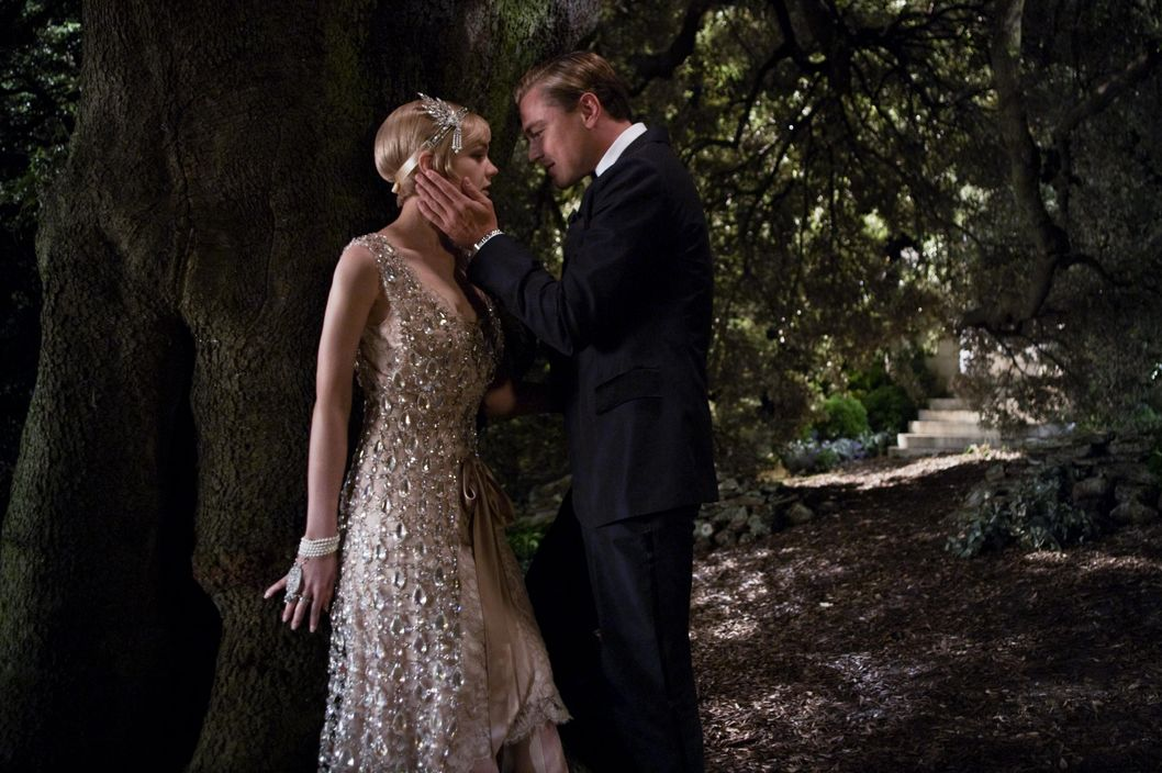 "(L-r) CAREY MULLIGAN as Daisy Buchanan and LEONARDO DiCAPRIO as Jay Gatsby in Warner Bros. Pictures' and Village Roadshow Pictures' drama ""THE GREAT GATSBY,"" a Warner Bros. Pictures release."