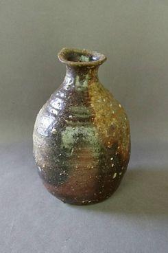Tokuri (sake bottle) by Masami Miyajima, Mashiko