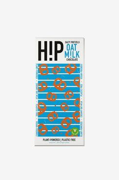 HiP Chocolate Salty Pretzels Oat Milk Chocolate 70g