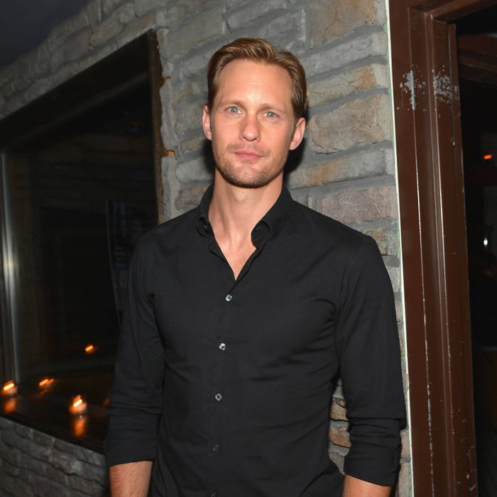 Alexander Skarsg 229 Rd On Cooking Beef Bourguignon And Eating