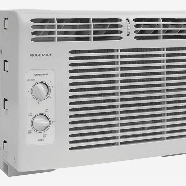 Frigidaire FFRA0511R1E 5,000 BTU 115V Window-Mounted Mini-Compact Air Conditioner with Mechanical Controls