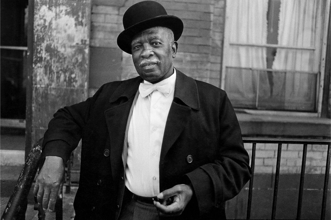 Dawoud Bey, A Man in a Bowler Hat, Harlem, NY, c. 1976