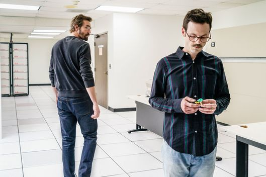 Lee Pace as Joe MacMillan, Scoot McNairy as Gordon Clark - Halt and Catch Fire _ Season 3, Episode 7  - Photo Credit: Tina Rowden/AMC