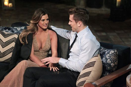 the bachelorette premiere recap jojo s mojo vulture. Black Bedroom Furniture Sets. Home Design Ideas