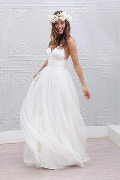 Irenwedding Spaghetti Ruched Empire Waist Open Back Beach Wedding Dress