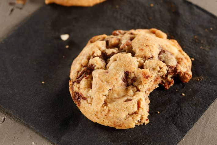Gramercy Tavern: Triple-chocolate-chunk cookies with Tahitian vanilla milk.