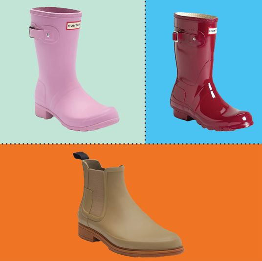 1f4b7a02546 A Bunch of Hunter Short Boots and Chelsea Boots Are Up to 43 Percent Off