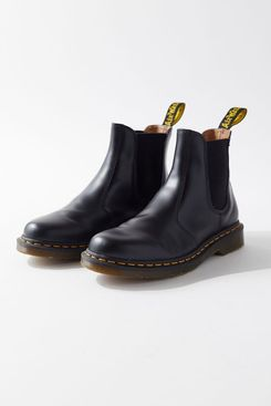 Dr. Martens 2976 Smooth Unisex Chelsea Boots