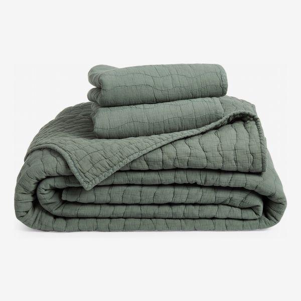 Nordstrom Soft Wash Wave Quilt & Sham Set (Queen)