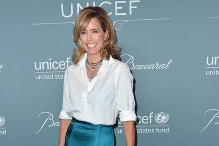 BEVERLY HILLS, CA - JANUARY 14:  Actress Tea Leoni arrives to the 2014 UNICEF Ball Presented by Baccarat at the Regent Beverly Wilshire Hotel on January 14, 2014 in Beverly Hills, California.  (Photo by Alberto E. Rodriguez/Getty Images)