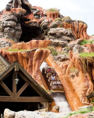 Splash Mountain Is Becoming A Princess And The Frog Ride