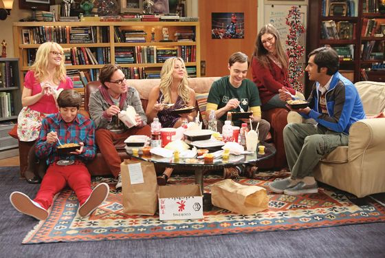 """""""The Re-Entry Minimization"""" -- Game Night turns into a battle of the sexes, on THE BIG BANG THEORY, Thursday, Oct. 18 (8:30 – 9:00 PM, ET/PT) on the CBS Television Network. From left to right – Bernadette (Melissa Rauch), Wolowitz (Simon Helberg), Leonard (Johnny Galecki), Penny (Kaley Cuoco), Sheldon (Jim Parsons), Amy (Mayim Bialik), Koothrappali (Kunal Nayyar). Photo: Michael Yarish/Warner Bros. ©2012 Warner Bros. Television. All Rights Reserved."""