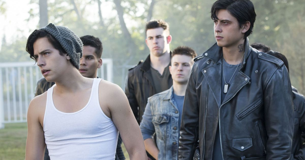 Riverdale Everything To Know About The Southside Serpents