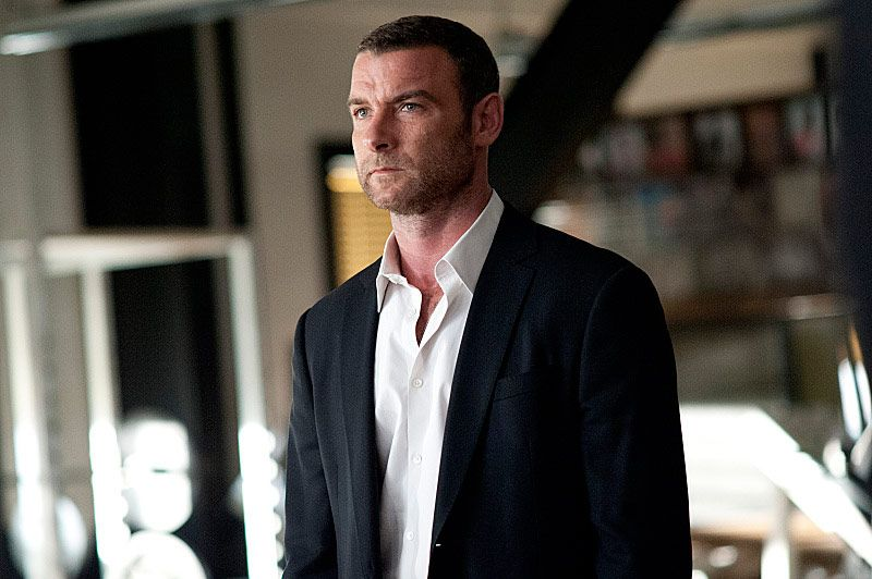 Liev Schreiber as Ray Donovan in Ray Donovan. - Photo:  Suzanne Tenner/SHOWTIME - Photo ID:  RayDonovan_112_0930.R