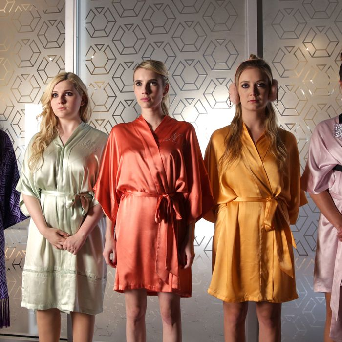 SCREAM QUEENS: L-R: Keke Palmer, Abigail Breslin, Emma Roberts, Billie Lourd and Lea Michele in the