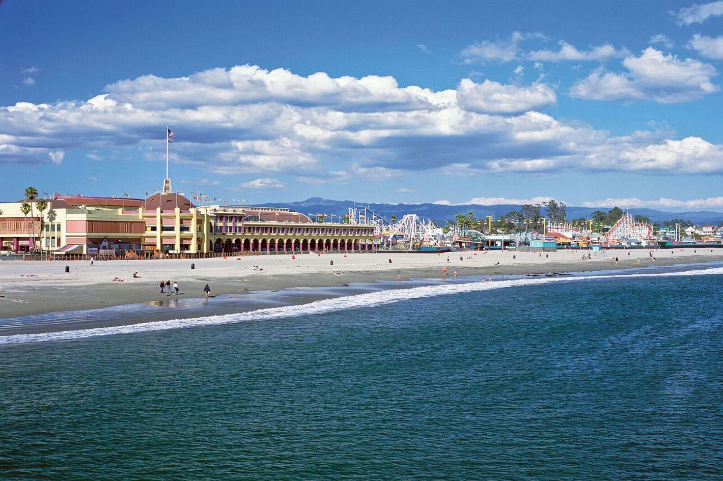 afc6e298ac Weekend Escape to Santa Cruz