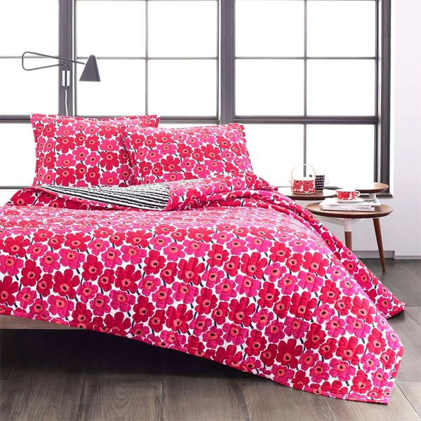 Marimekko Mini Unikko Reversible Quilt Set