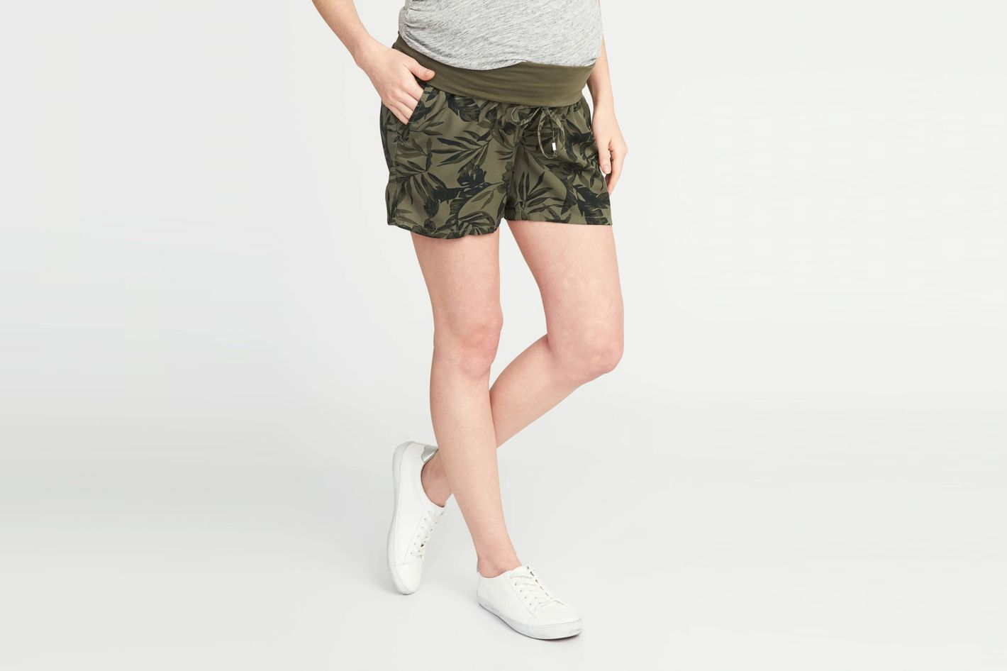 "Old Navy Maternity Roll-Panel Shorts (5"")"