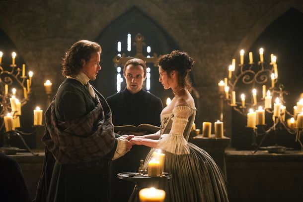 Outlander's Ronald D. Moore and Others Break Down Claire and Jamie's Big Wedding Night