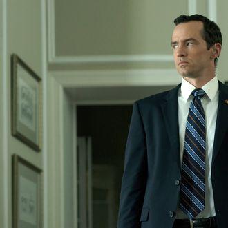 Nathan Darrow in season 2 of Netflix's
