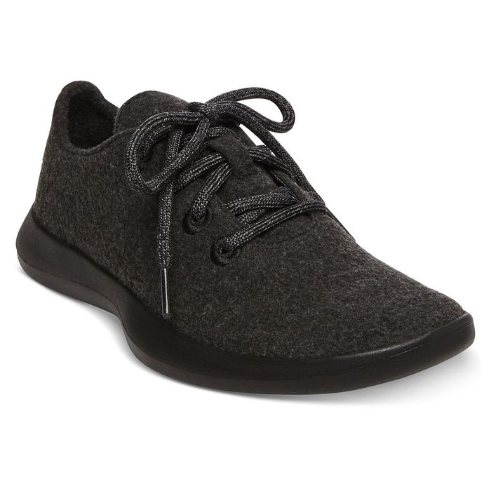 026372d1d92 Steve Madden Sued by Allbirds Over Wool Sneaker