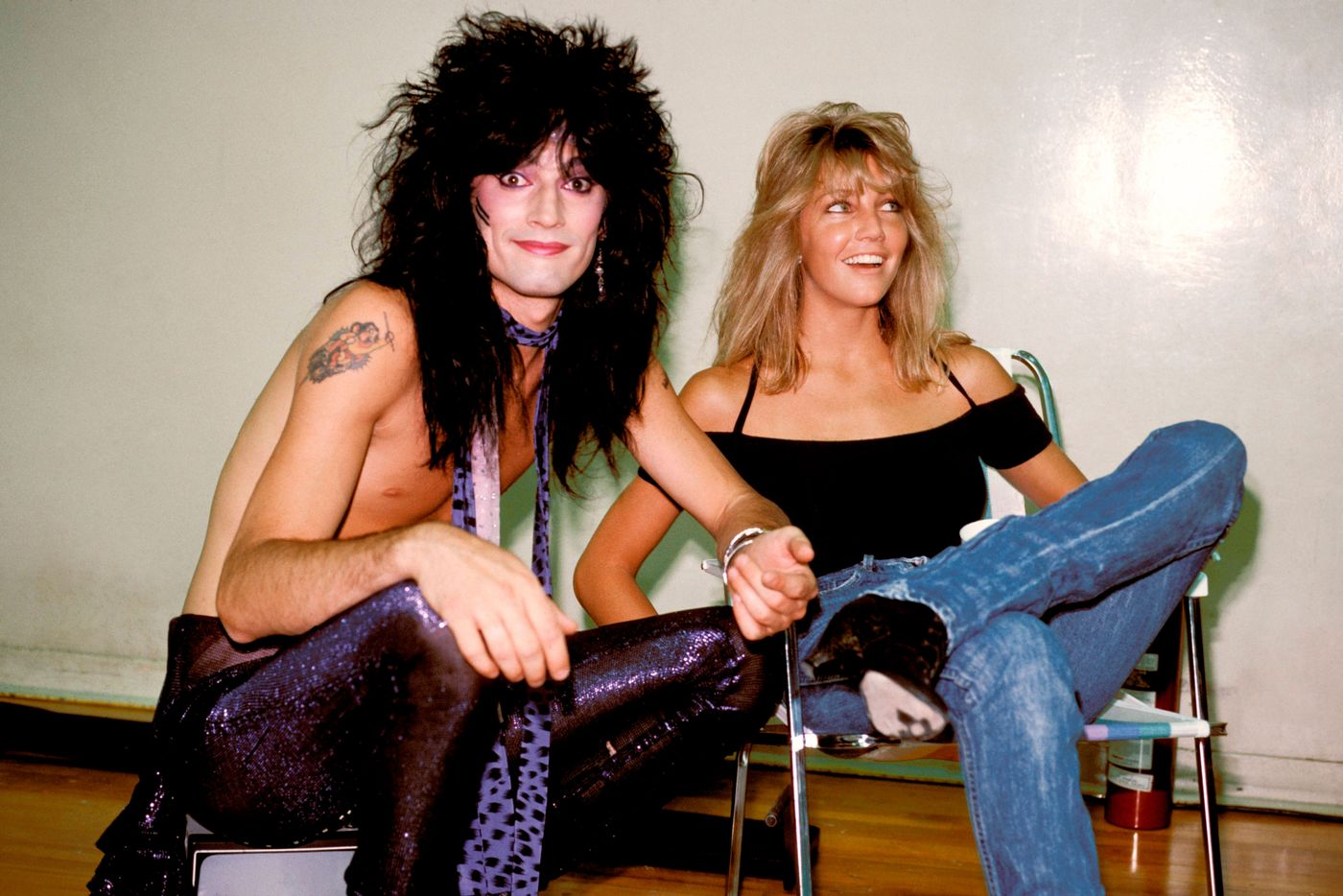 How Netflix S The Dirt Movie Compares To Motley Crue S Book