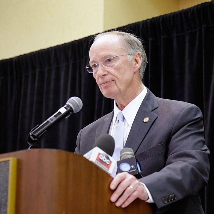 Robert J Bentley