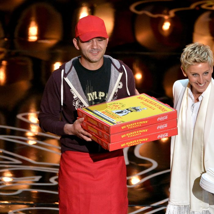 The Oscars Pizza Delivery Guy Is Also a Master of the