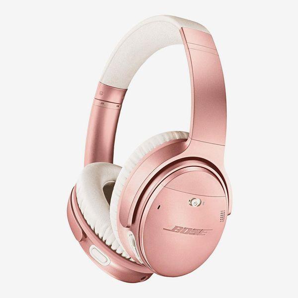 rose gold bose quiet comfort 35 - strategist best noise canceling headphones