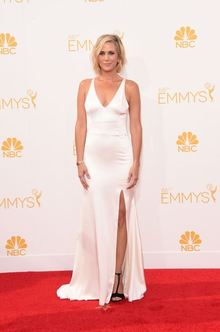 15 Emmys Red Carpet Gowns That Could Double As Wedding Dresses Kristen Wiig