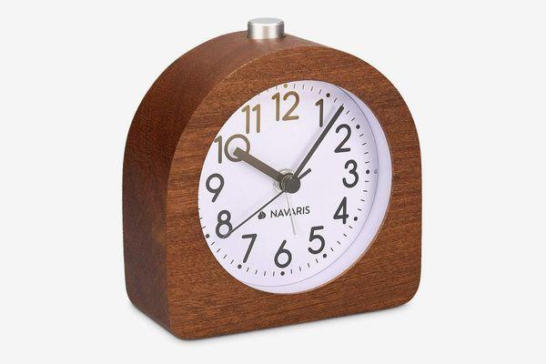 Navaris Analogue Wooden Alarm Clock