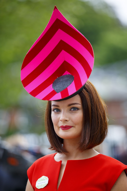 Креативная шляпка своими руками