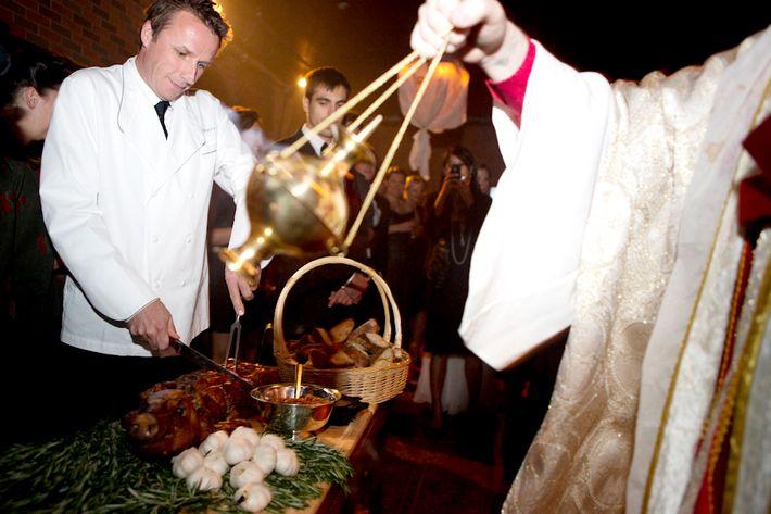 http://pixel.nymag.com/imgs/daily/grub/2012/06/05/05-mckittrick-hotel-pig-cardinal.jpg