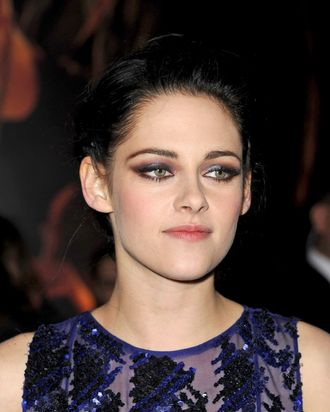 Actress Kristen Stewart arrives at the premiere of Summit Entertainment's