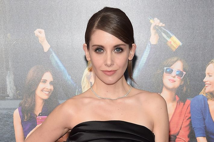 Alison Brie at the premiere of <i>How to Be Single</i>.